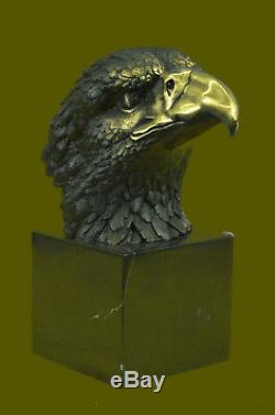 Marked Chinese Fengshui Bronze Brass eagle king of birds Hawk Head Bust Statue