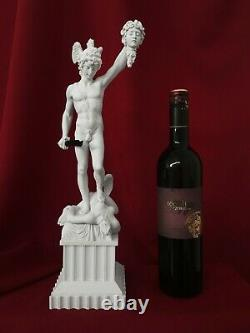 Statue of Perseus with the Head of Medusa 41CM / 16.1