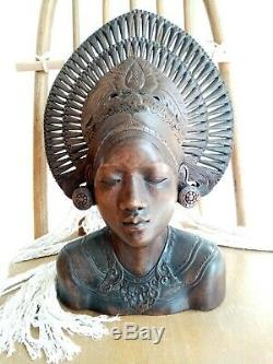 Vintage antique hand carved wood Balinese Indonesian woman bust head statue